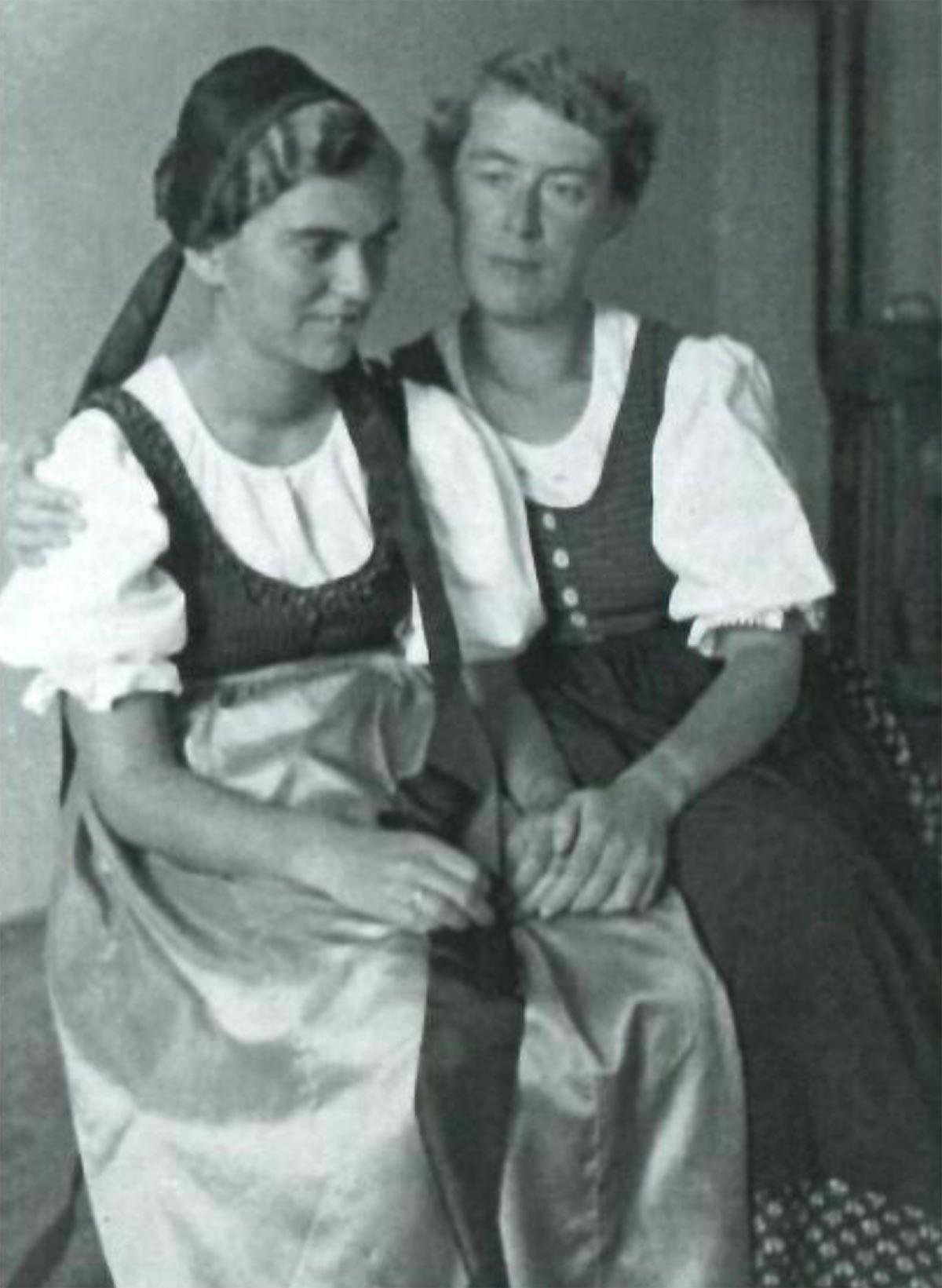 Foto zu Norbertine Bresslern-Roth: Else und Charlotte von der Hellen | ARGUS Art Asset Austria, Wien